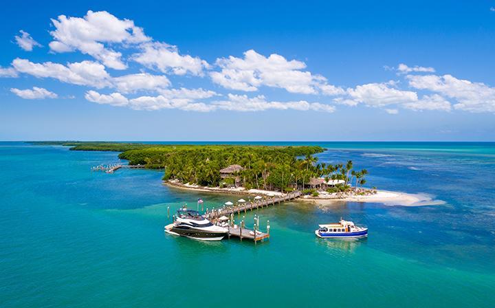 Om du vill bo på en liten ö med bara några få grannar kanske Little palm island resort & spa är något för dig.