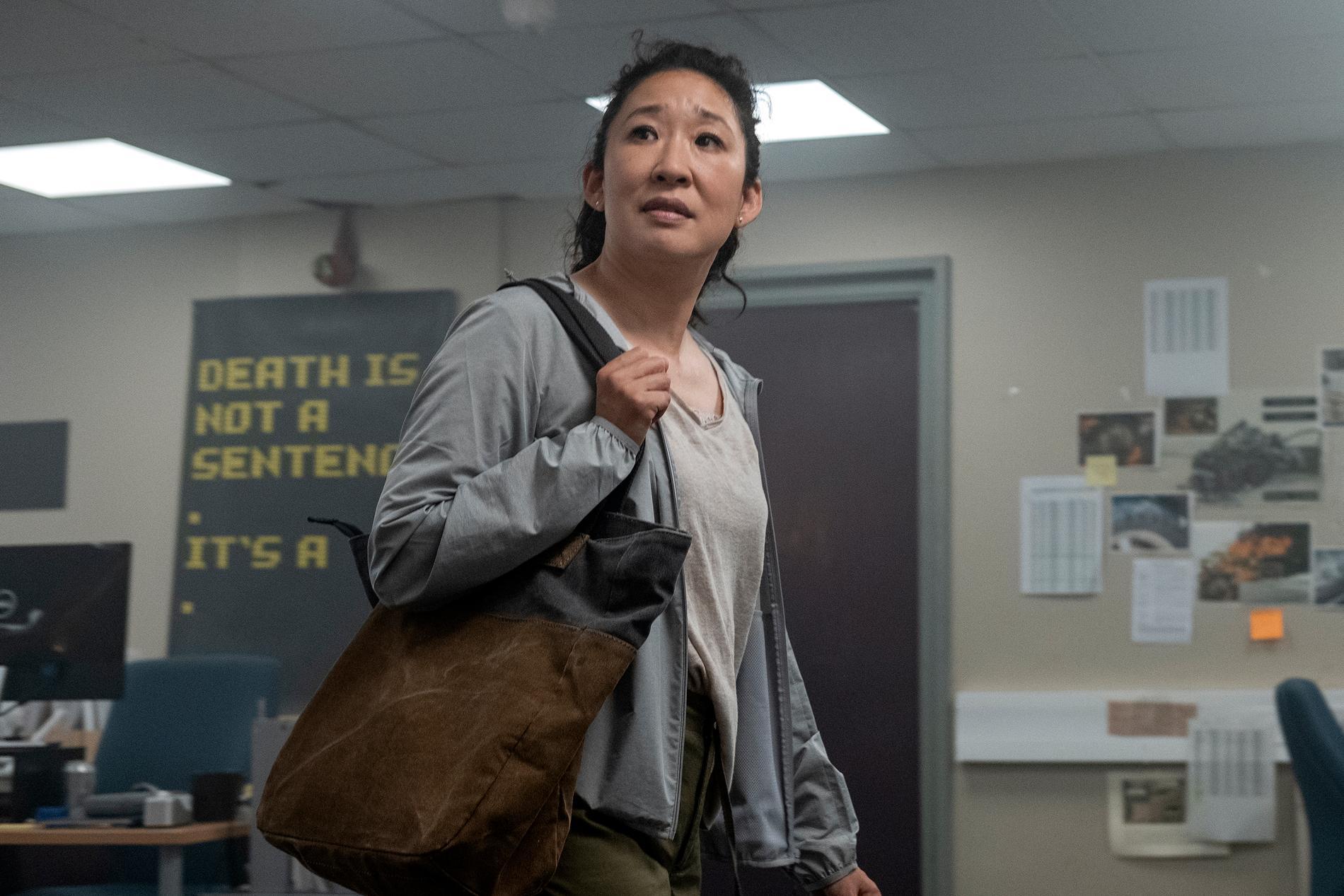 """Sandra Oh spelar utredaren Eve Polastri i """"Killing Eve"""". Produktionen av seriens fjärde säsong skjuts nu upp. Pressbild."""