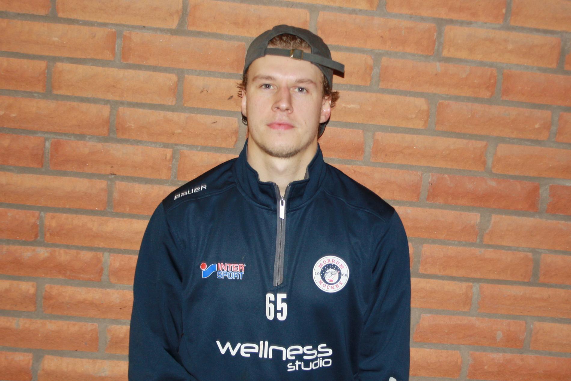 Caleb Eeftings hockeyresa har lett till Mörrum i division 1.
