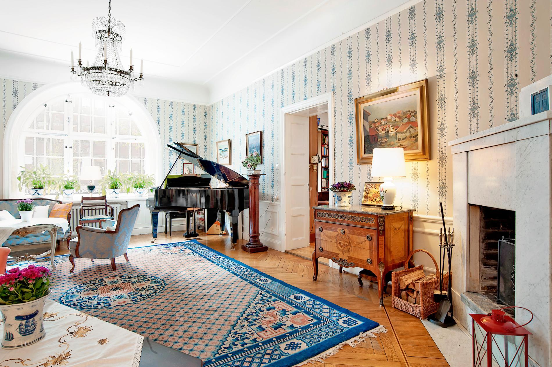 Rustikt och murrigt – den nya inredningstrenden vid bostadsförsäljning.