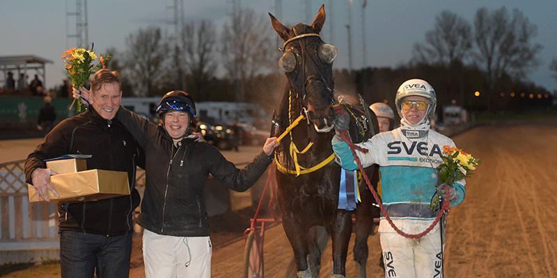 Den 20 oktober 2018 tog Susanne Richter en dubbelseger på V75 med hästarna Ural och M.T.Joinville.