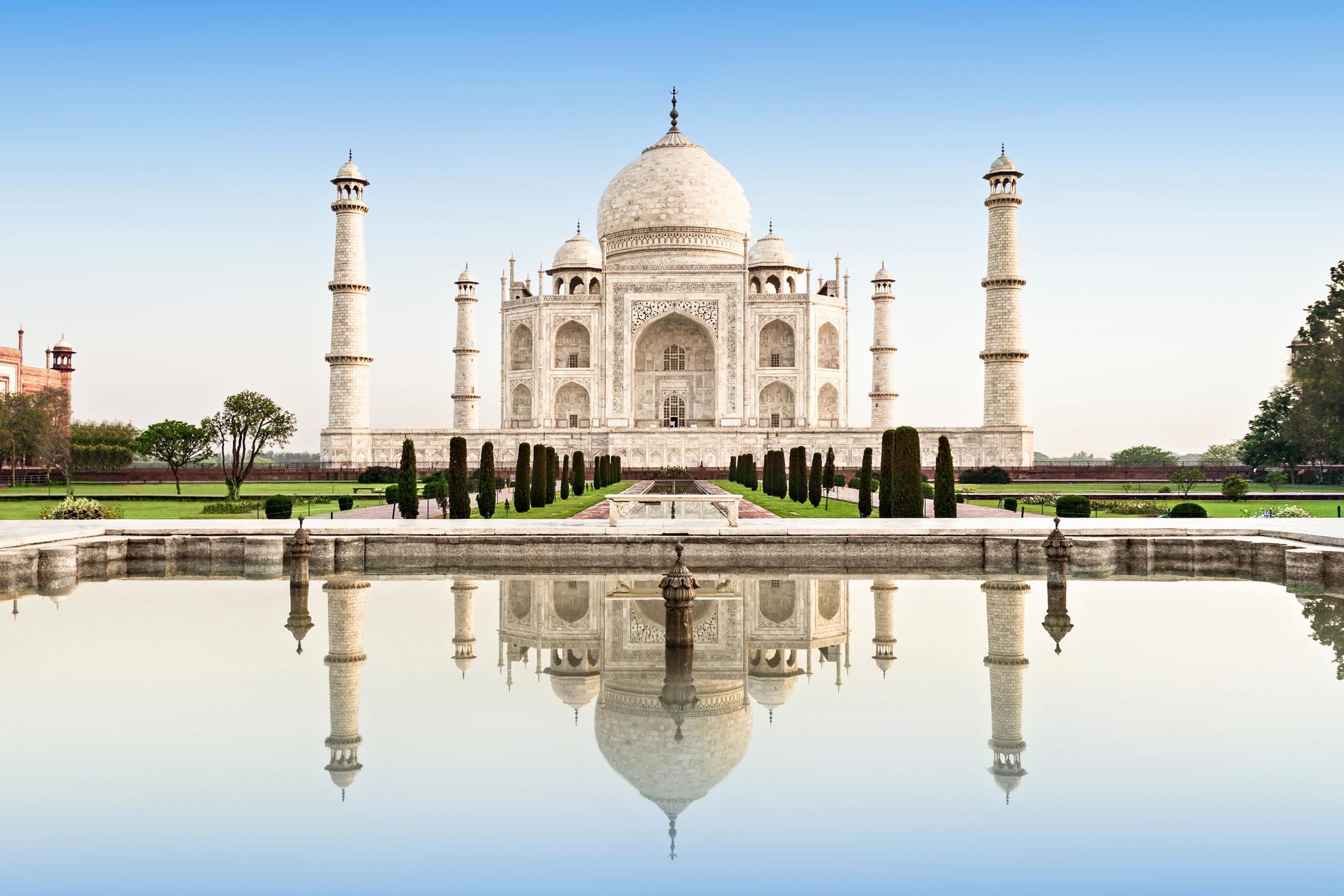 Delar av Slumdog Millionaire utspelar sig vid Taj Mahal.