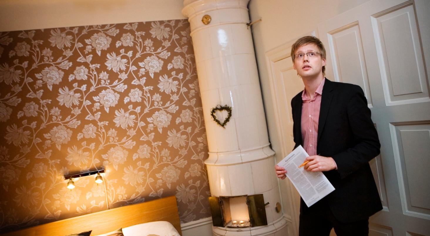 I december sjönk priserna på Stockholms bostadsmarknad. Nu stiger de - igen.