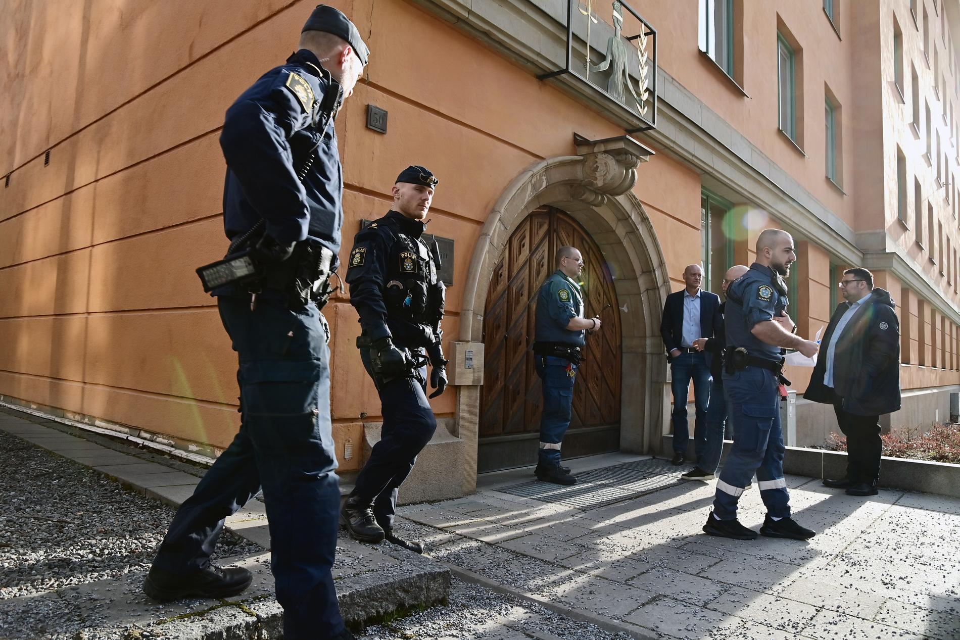 Ingågen till Stockholms tingsrätts säkerhetssal.
