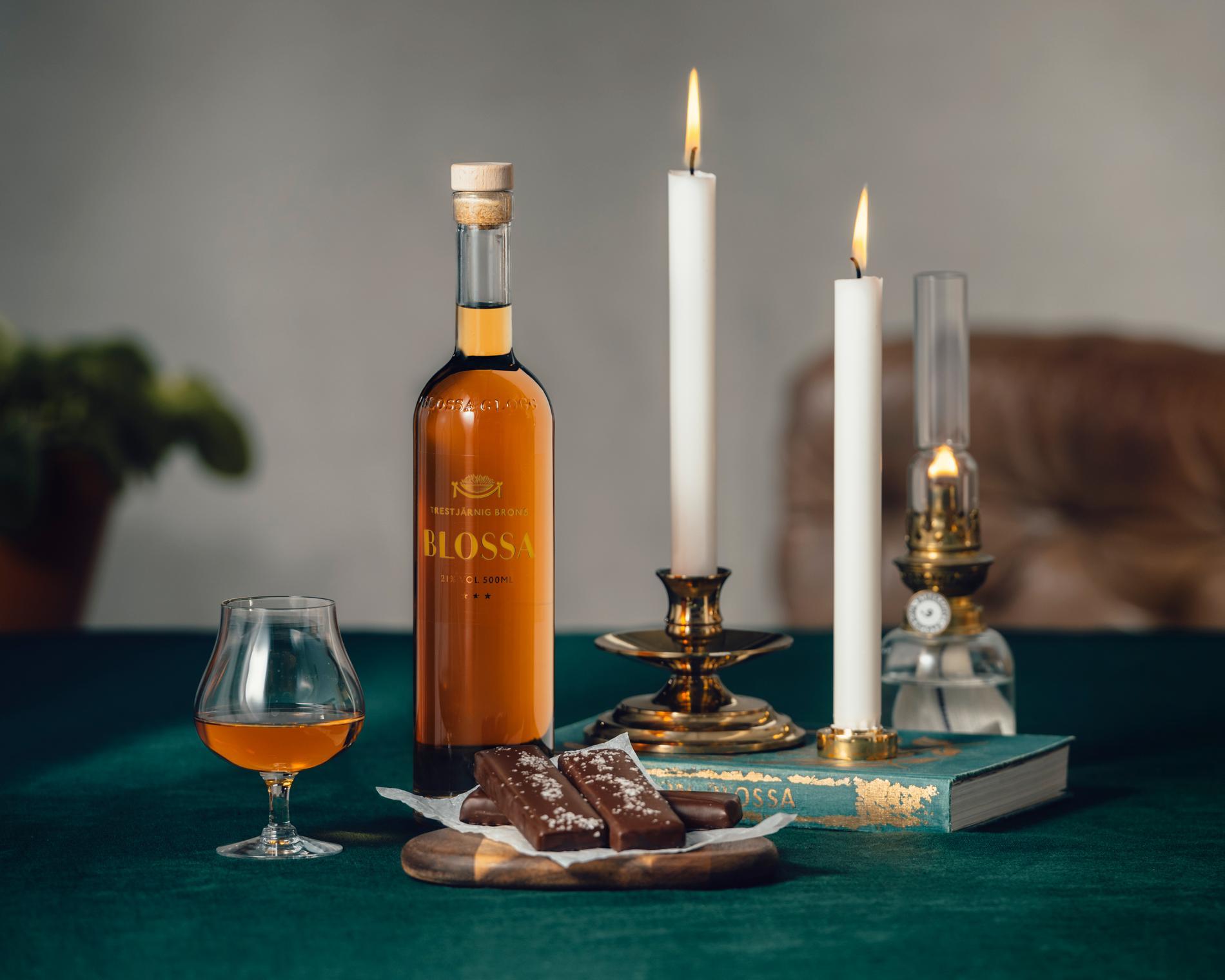 Blossas trestjärniga brons är spetsad med irländsk whiskey.