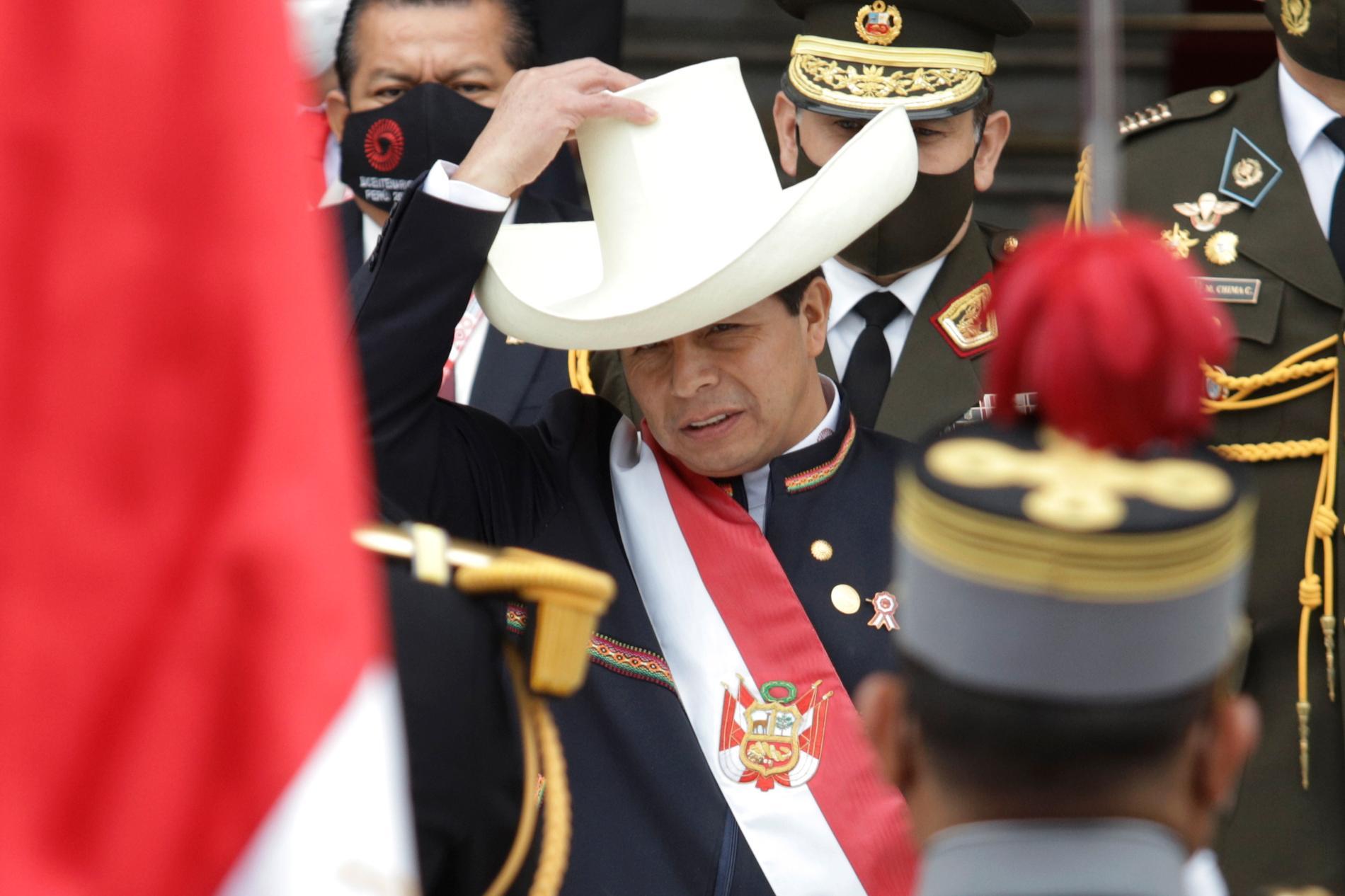 Perus nya president Pedro Castillo under installationsceremonin i huvudstaden Lima på onsdagen.