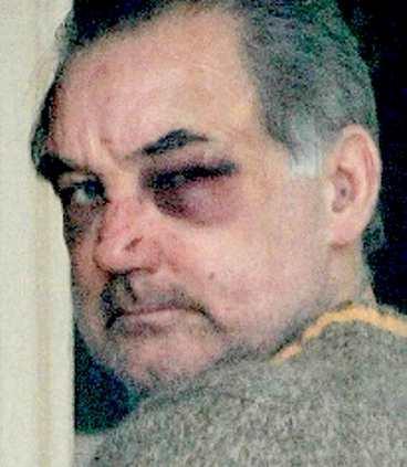 Ex-fotbollsstjärnan George Best misstänks för misshandel.