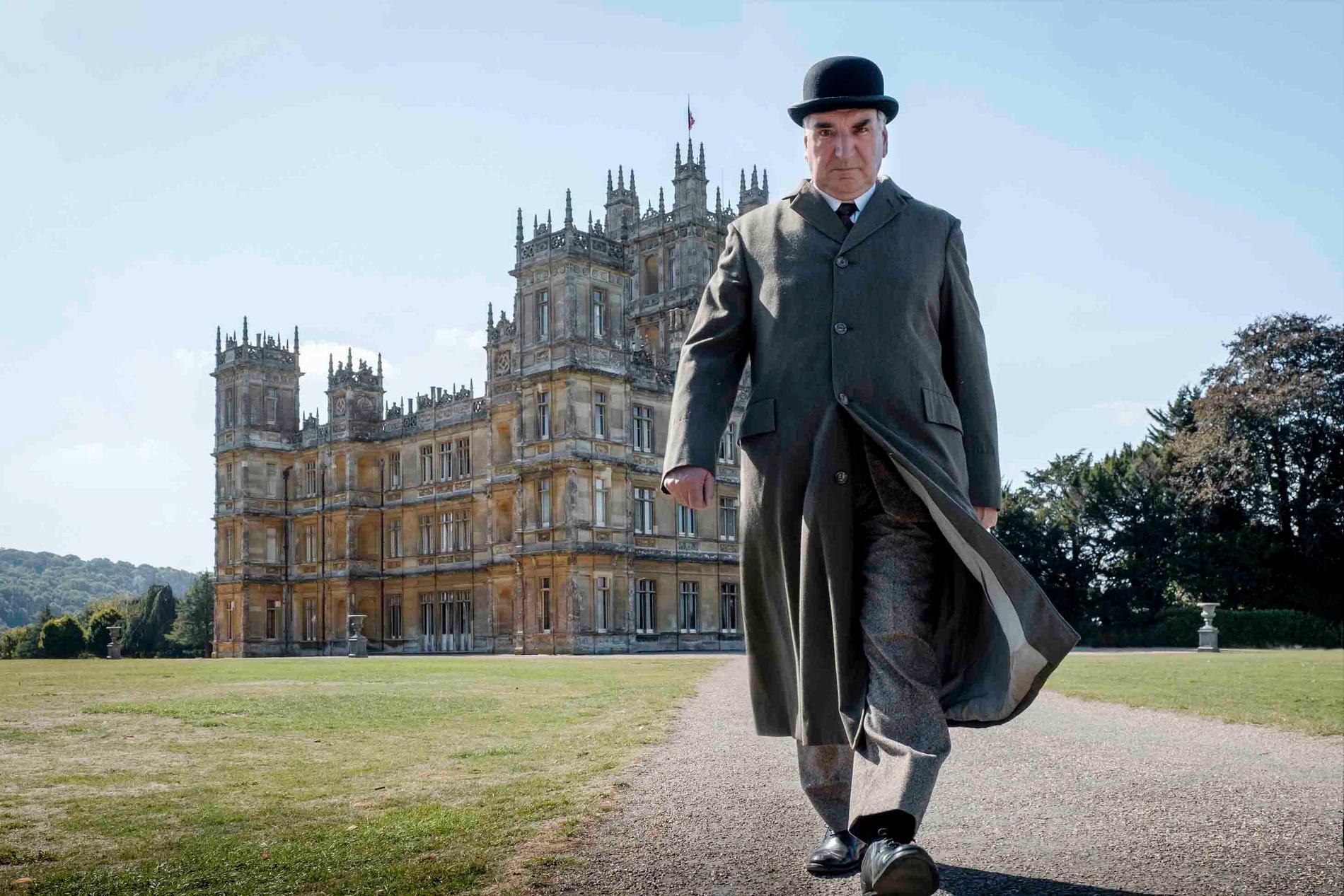 Jim Carter som Mr. Carson i en scen från Downton Abbey
