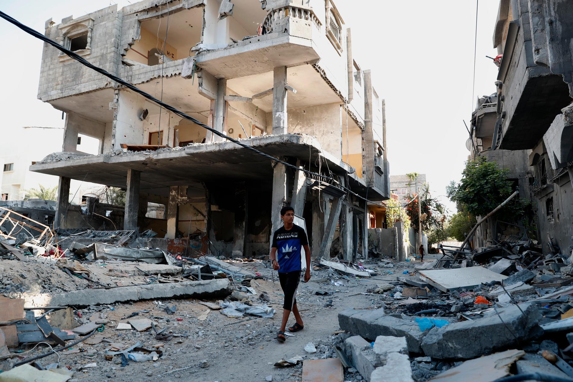 Bråten ligger kvar efter ett hus i Gaza som kollapsade efter Israels luftangrepp i maj. Bilden togs den 12 juli.