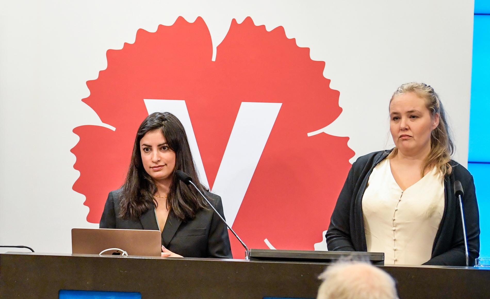 Vänsterpartiets partiledare Nooshi Dadgostar och partiets talesperson för sjukförsäkringsfrågor, Ida Gabrielsson.