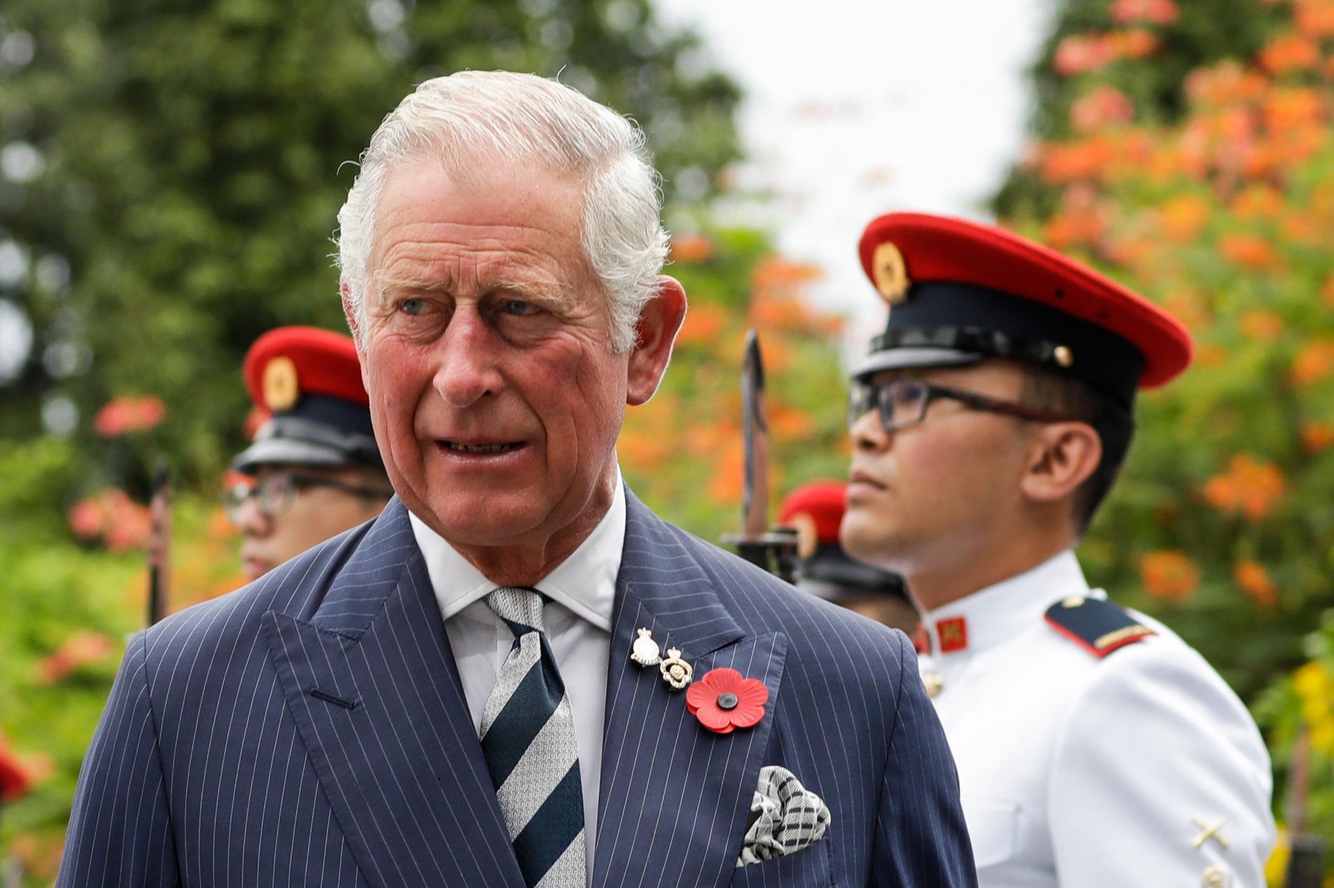 Prins Harry sa att hans pappa, prins Charles, slutade svara på hans samtal.