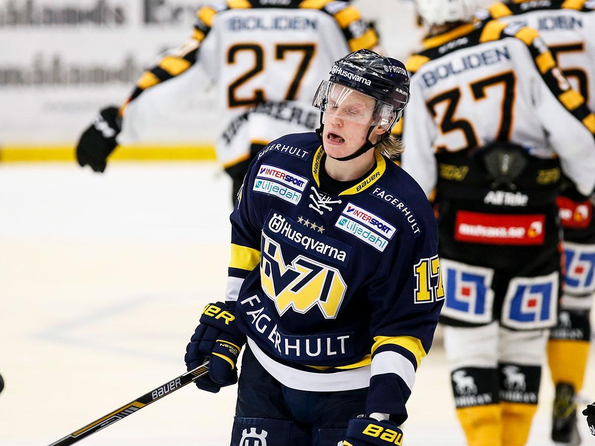 HV:s Emil Johansson är en av två backar på plats.