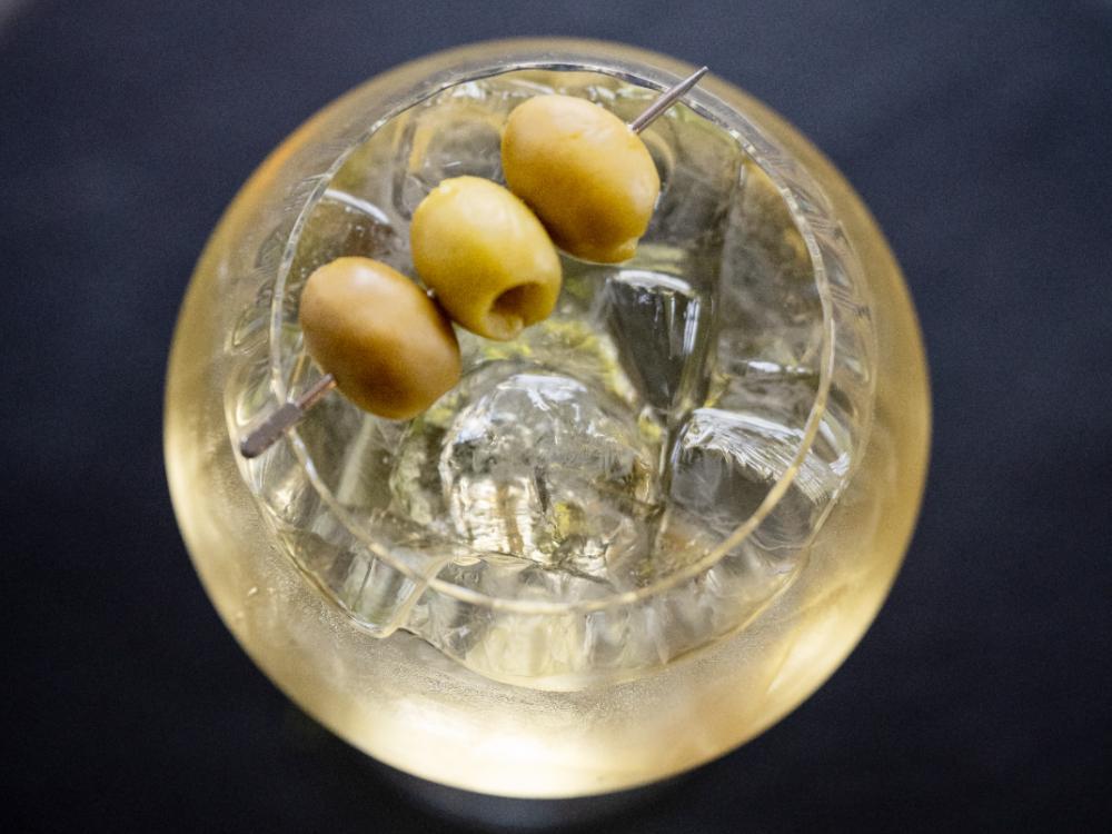 Italicus spritz  har en kryddig, tydliga karaktär av bergamott, inslag av färska örter, blommig, aromatisk och fräsch.