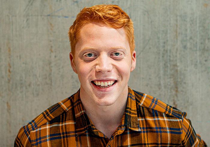 Aftonbladets egen Youtube-profil Mauri Hermundsson blev nominerad till Stora journalistpriset 2019 i kategorin Årets förnyare.