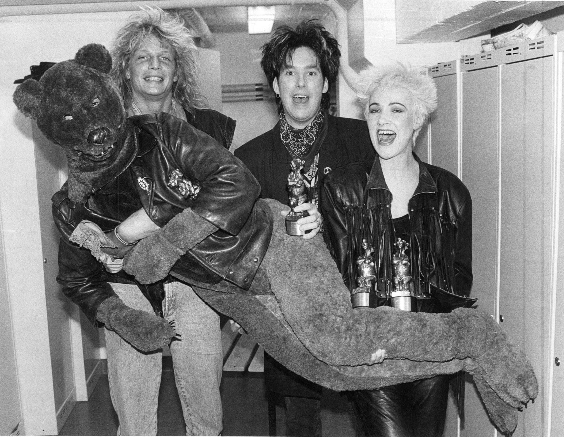 En läskigare björnversion ur arkivet, ihop med Roxette och Tommy Nilsson.