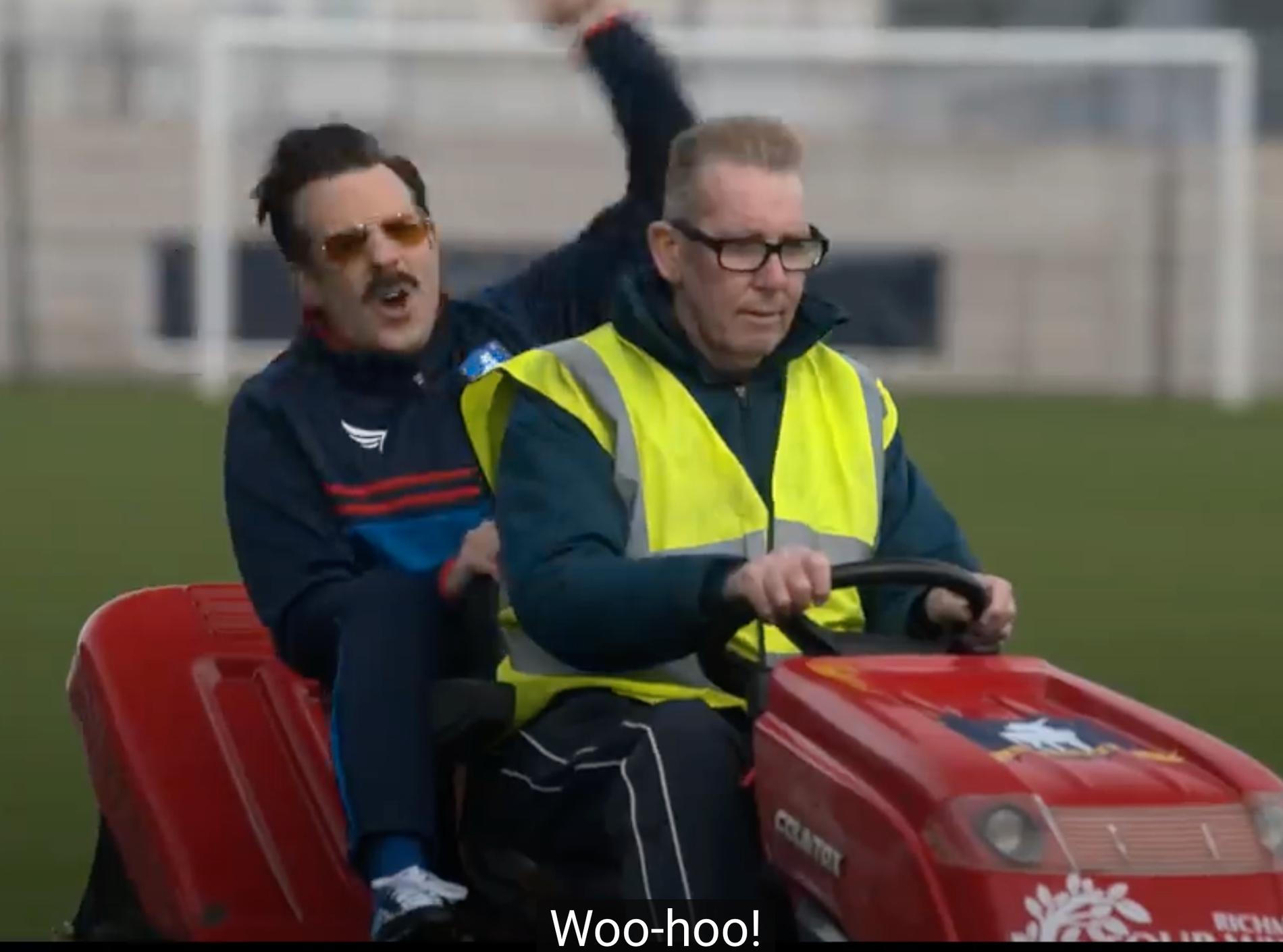 Skärmdump från trailer till säsong 2 av Ted Lasso.