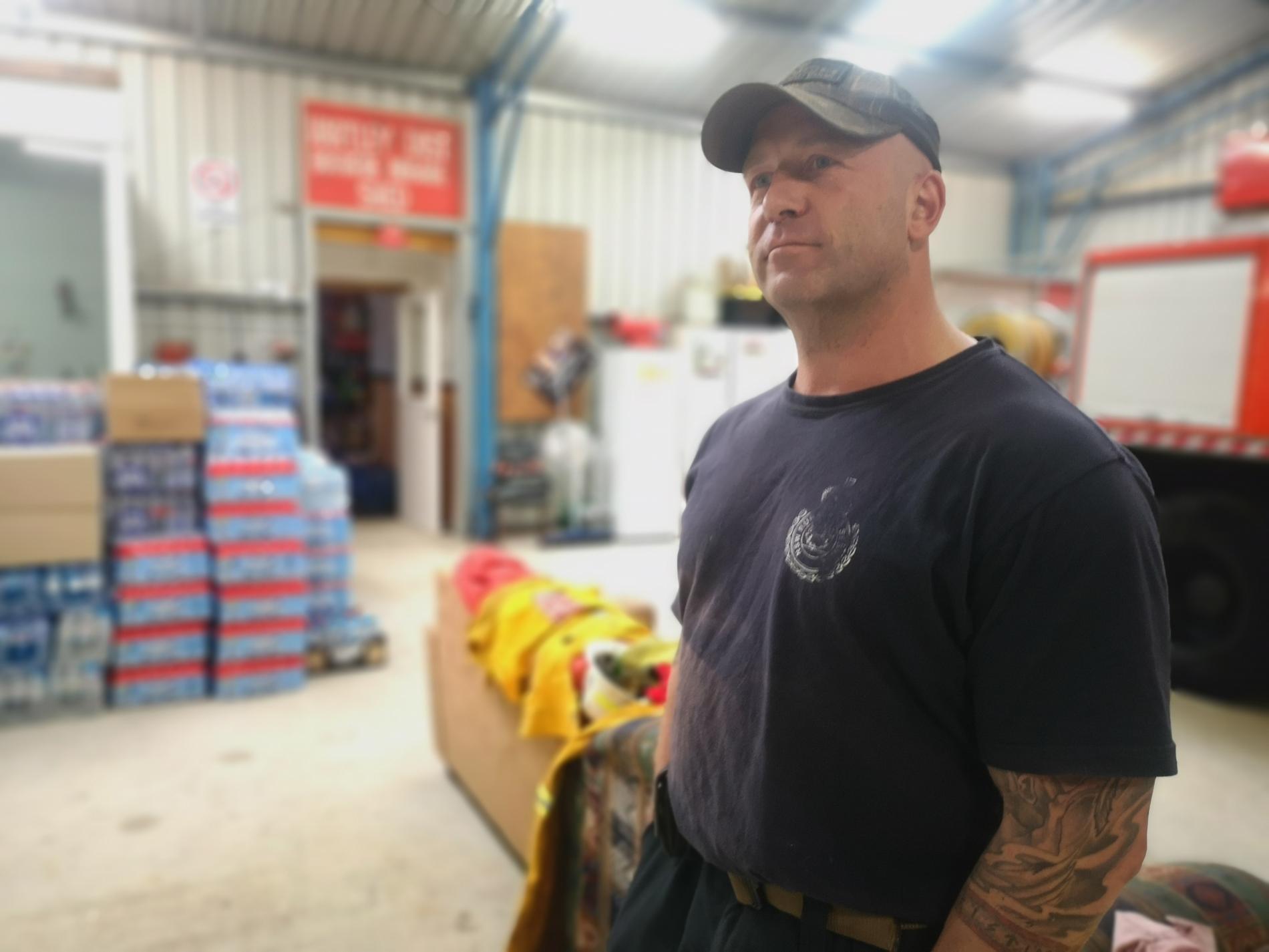 Johan har varit frivilligbrandman i Australien i sex år.