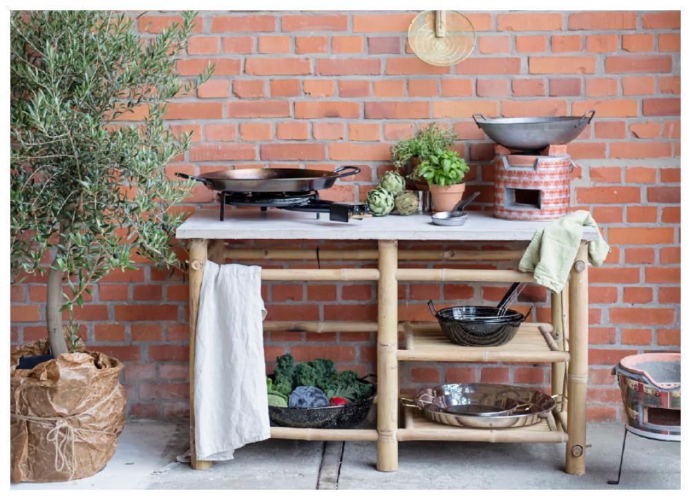 Köksbänk för utomhusbruk från Tranquilo kitchen equipment, 7 499 kr.