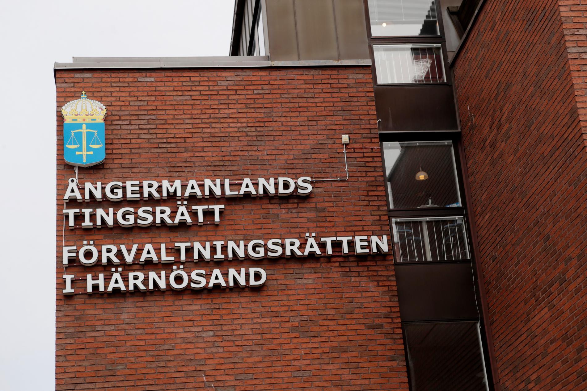En mordmisstänkt kvinna häktades av Ångermanlands tingsrätt under måndagen. Arkivbild.
