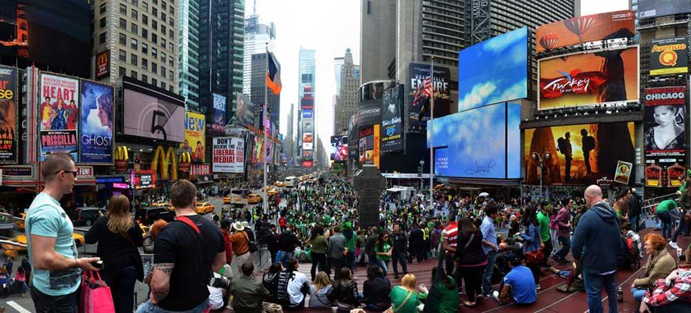 Världens största St Patrick's-parad i New York.