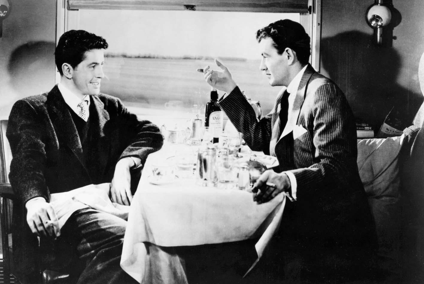 """Farley Granger och Robert Walker i """"Främlingar på tåg""""."""