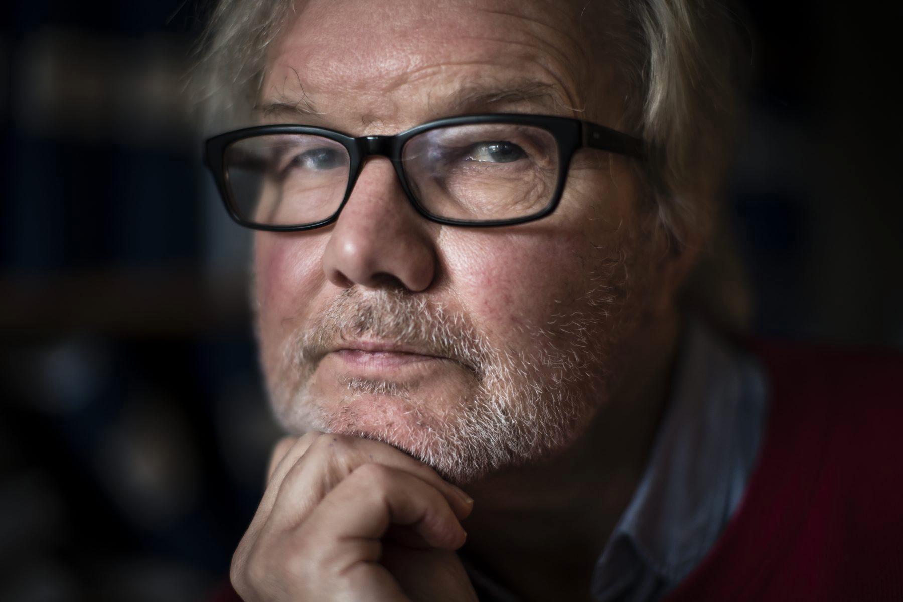 –  Man tar bort all livskvalitet för alla på äldreboenden och skyddar dem till döds i stället, säger Ingmar Skoog. Arkivbild.