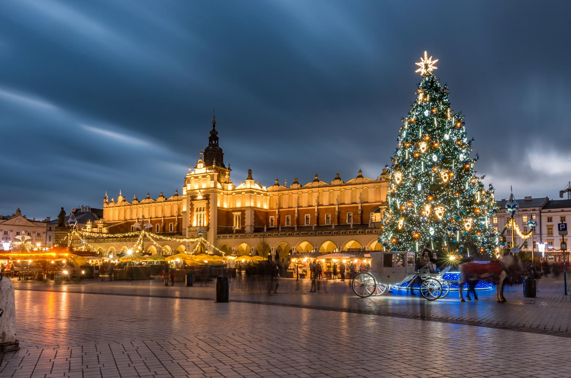 Krakows julmarknad ligger centralt i staden.