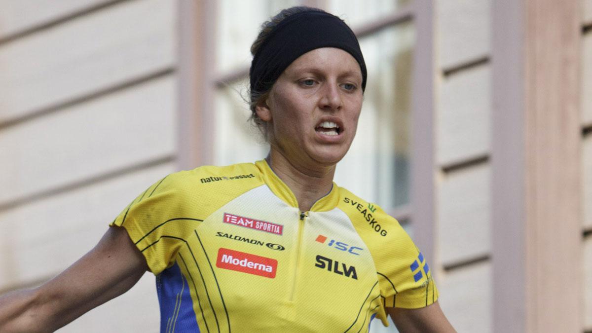 Linnea Gustafsson vann VM-guld på sprinten före landslagskompisarna Helena Jansson och Lena Eliasson.