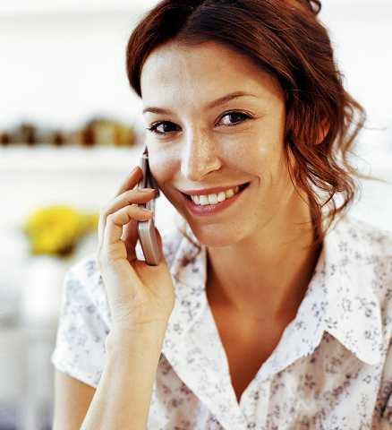 BILLIGARE FÖR VARJE DAG Tele 2 sänker priset på mobiltelefoni ännu mer. Med nya abonnemanget Champion kan du ringa för 19 öre i minuten till alla nät. Men för att kunna teckna Champion måste du sedan tidigare ha Tele 2 som leverantör av fast telefoni.