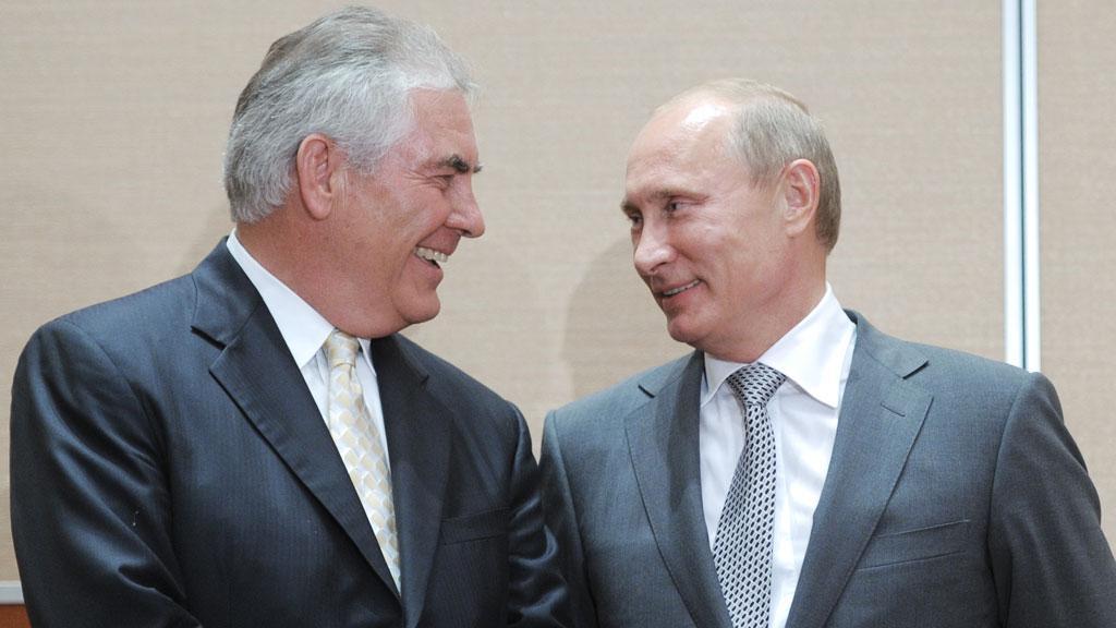 Rex Tillerson med Vladimir Putin