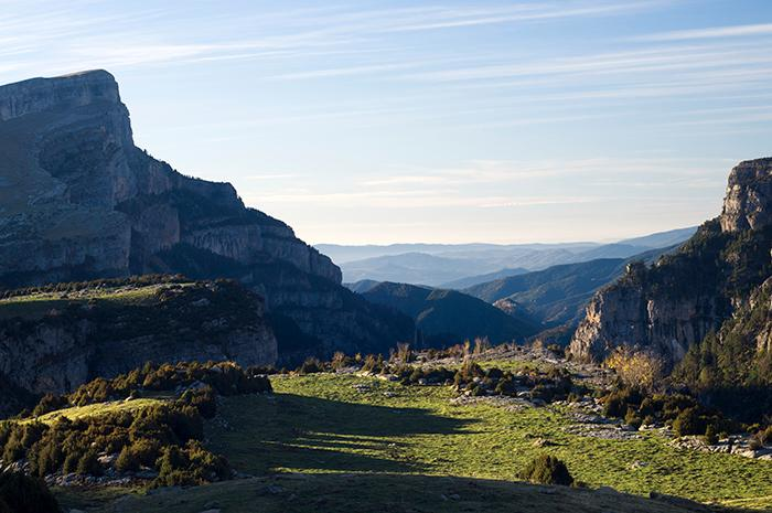 Mitt i spanska Pyrenéerna finns Ordesa-ravinen - Europas motsvarighet till Grand Canyon.