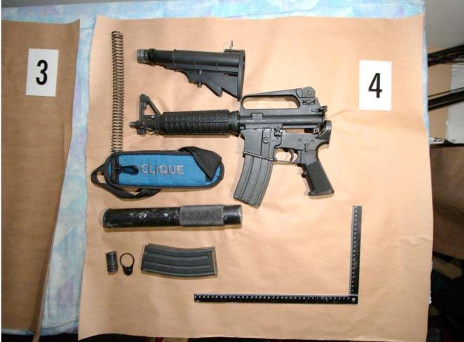Nyligen kunde stora delar av det kriminella Vårbynätverket gripas. Man fann stora mängder vapen.