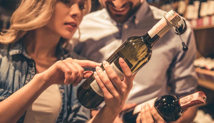 Efter Systembolaget är det vanligast att köpa alkohol i handeln utomlands.