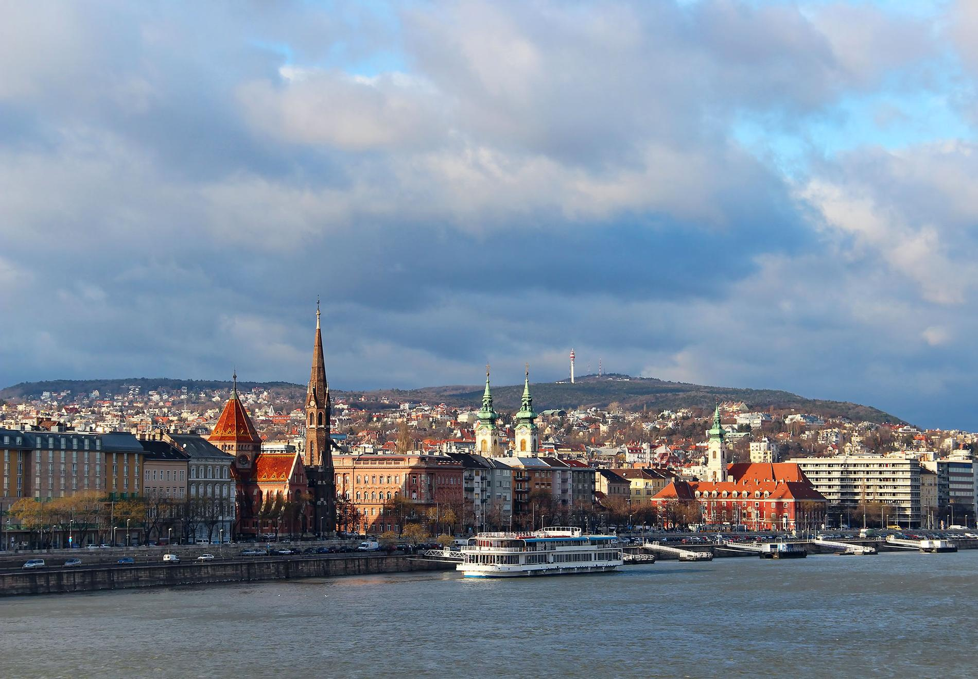 En helgresa till Budapest kan kosta under 2000 kronor.