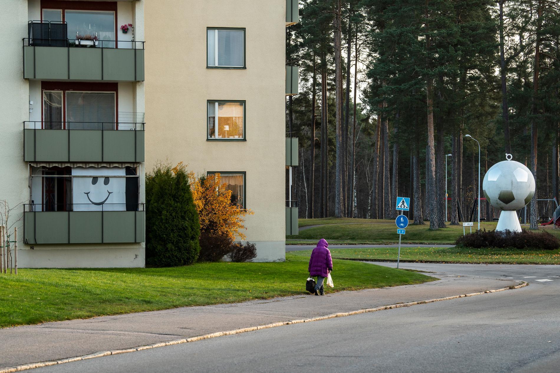 Torsdagsmorgon på Herrgårdsgatan i Degerfors.