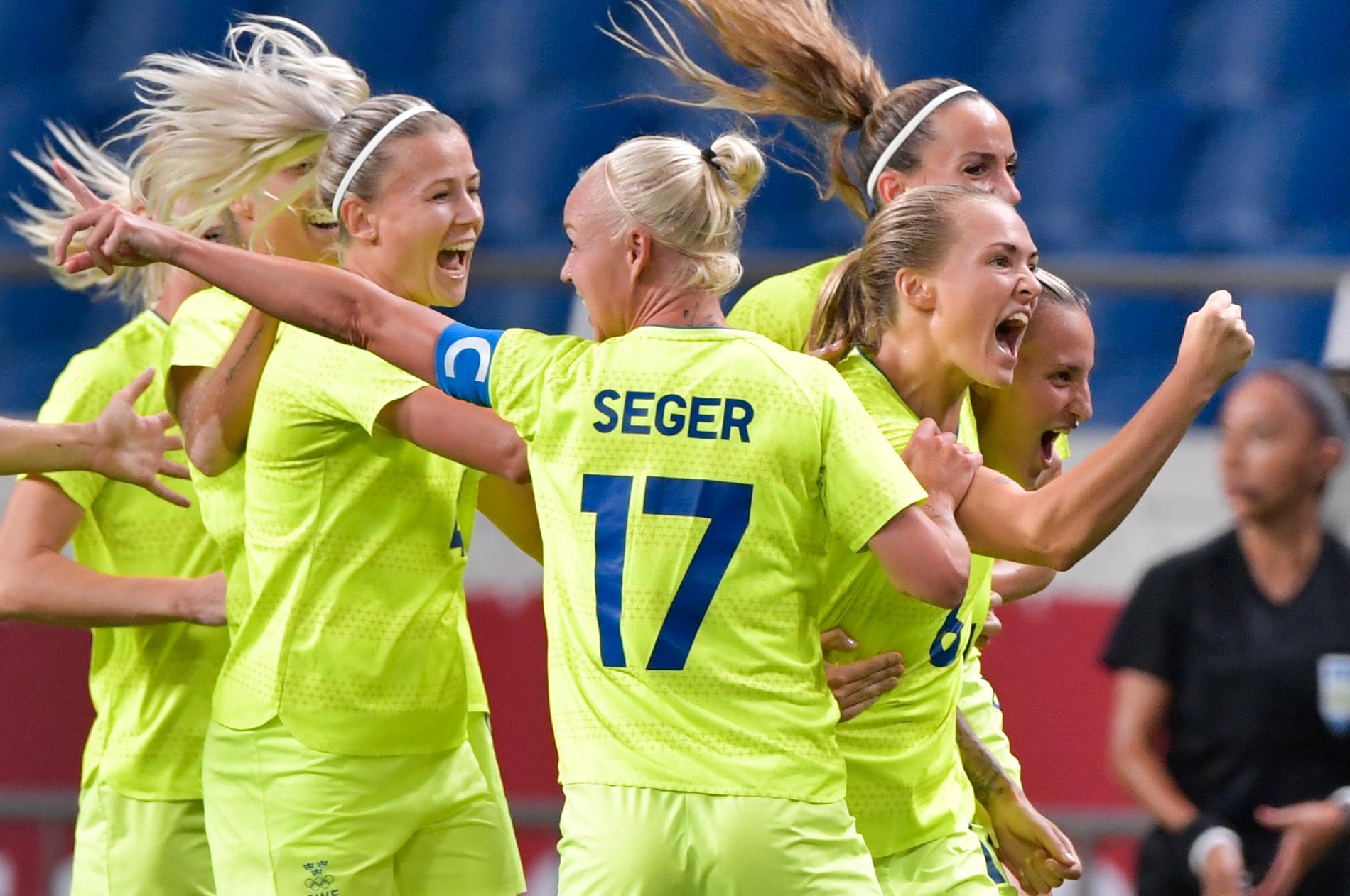 Seger står det på tröjan, seger blev det också i matchen. Sverige är klart för OS-semifinal i fotboll efter kvartsfinalseger mot Japan.