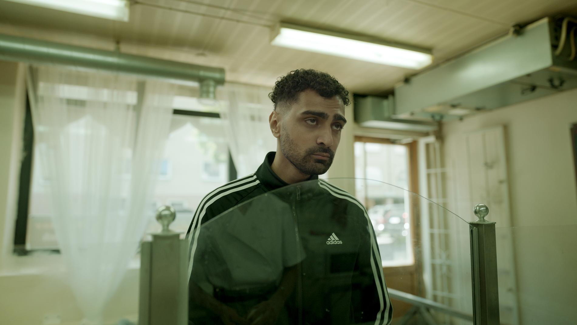 "Alexander Abdallah som Salim i ""Snabba cash""."