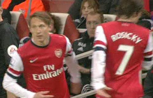 Kim Källström byttes in för Arsenal i matchen mot Swansea. Nu får han spela från start.