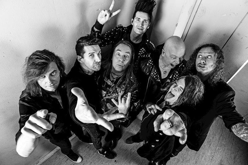 """Albumet """"Helloween"""" är den musikaliska sagan om pumpornas stora återkomst."""