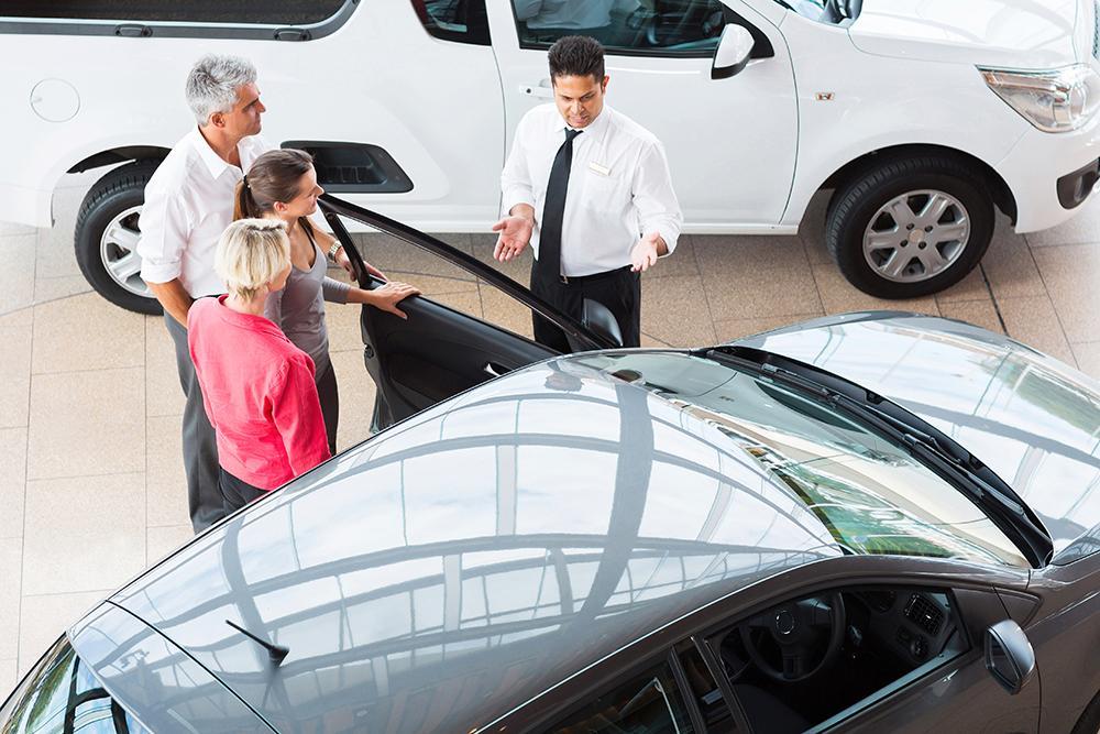 Bilförsäljningen steg med knappt 2 procent förra året.