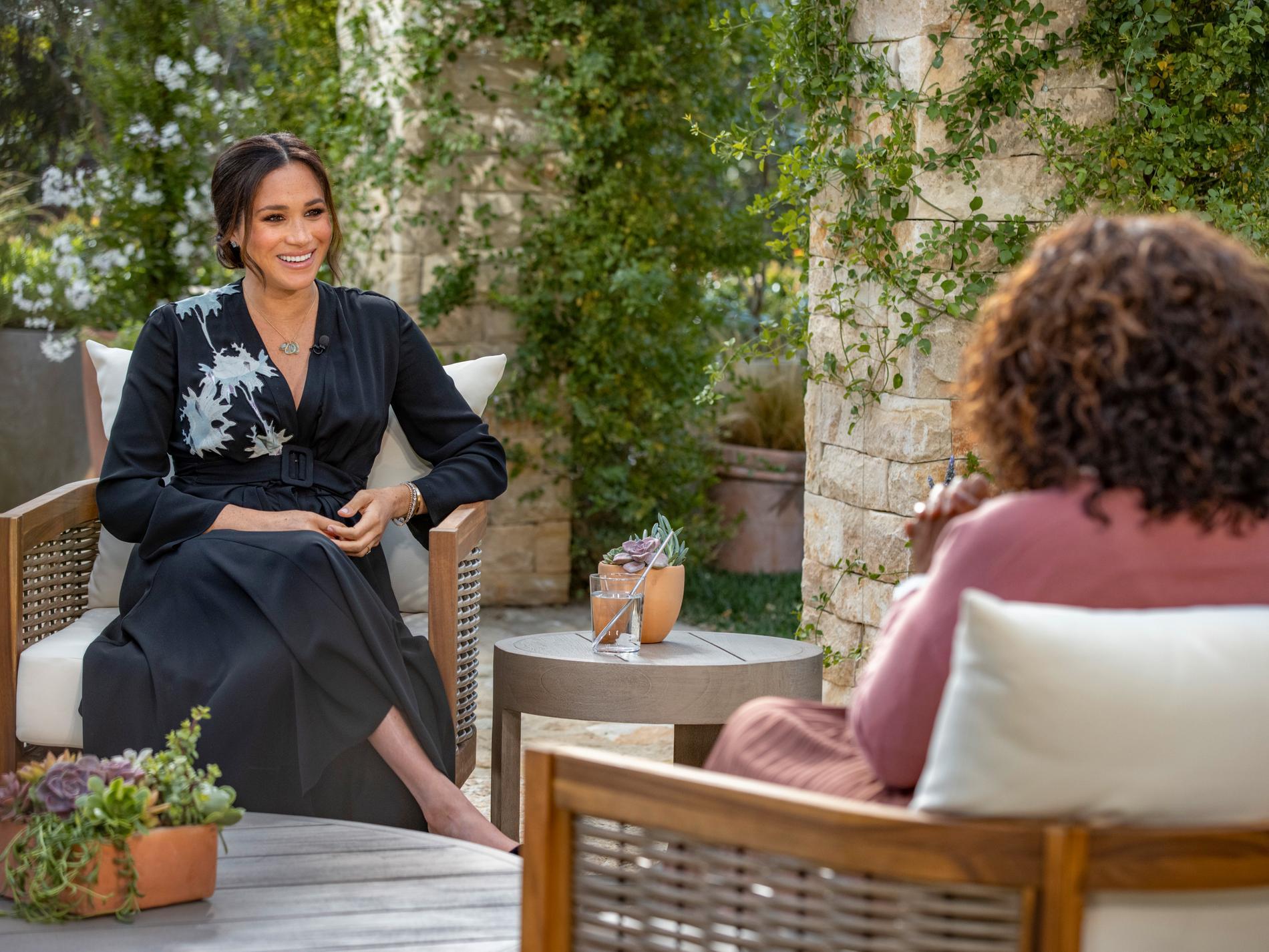 Hos Oprah avslöjade Meghan och Harry att de väntar en dotter.