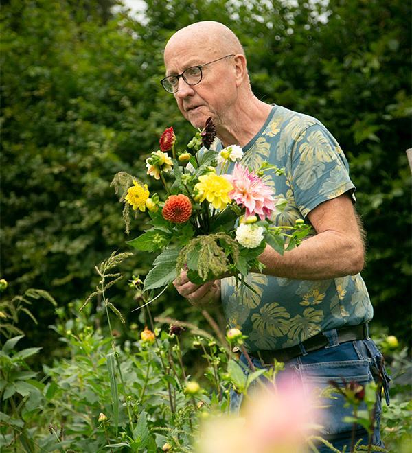 """""""Välj ut de växterna du gillar och känner för, på det viset blir det mer personligt"""", säger Olle Würzt."""