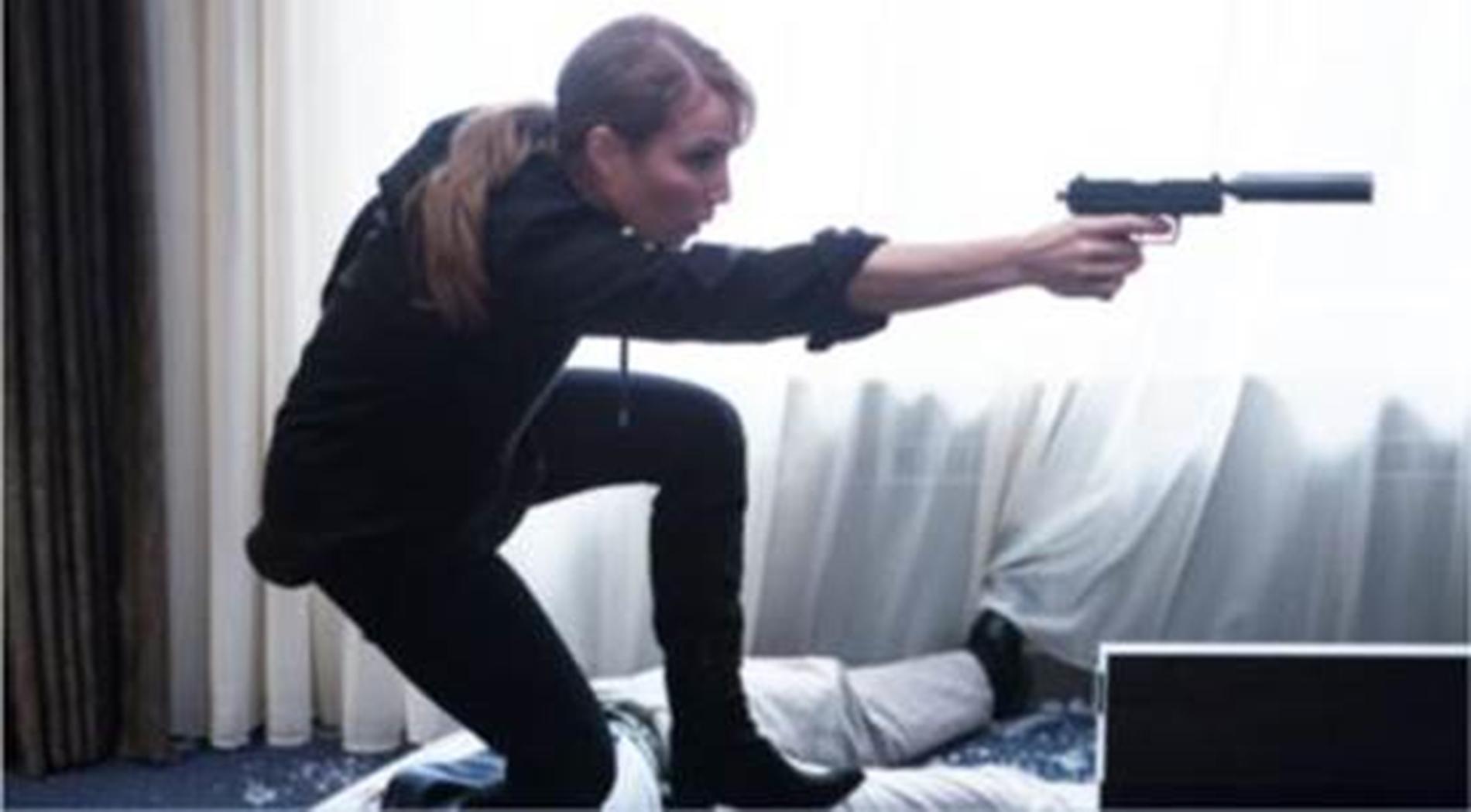 """Det här är första bilden med Noomi Rapace ur filmen """"Unlocked"""", i regi av Michael Apted."""