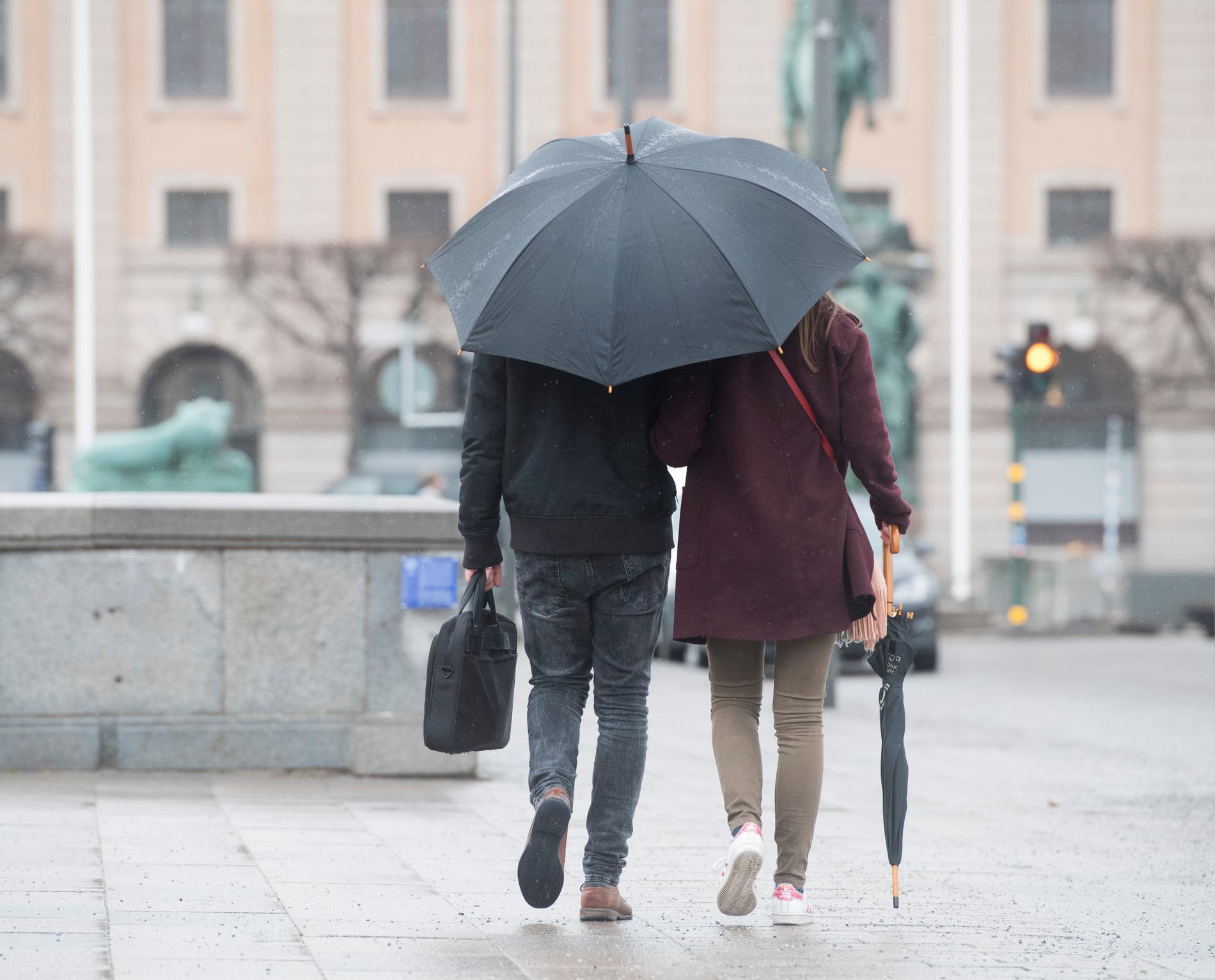Vissa städer, som Stockholm, Karlstad och Norrköping, har haft noll soltimmar hittills i december.