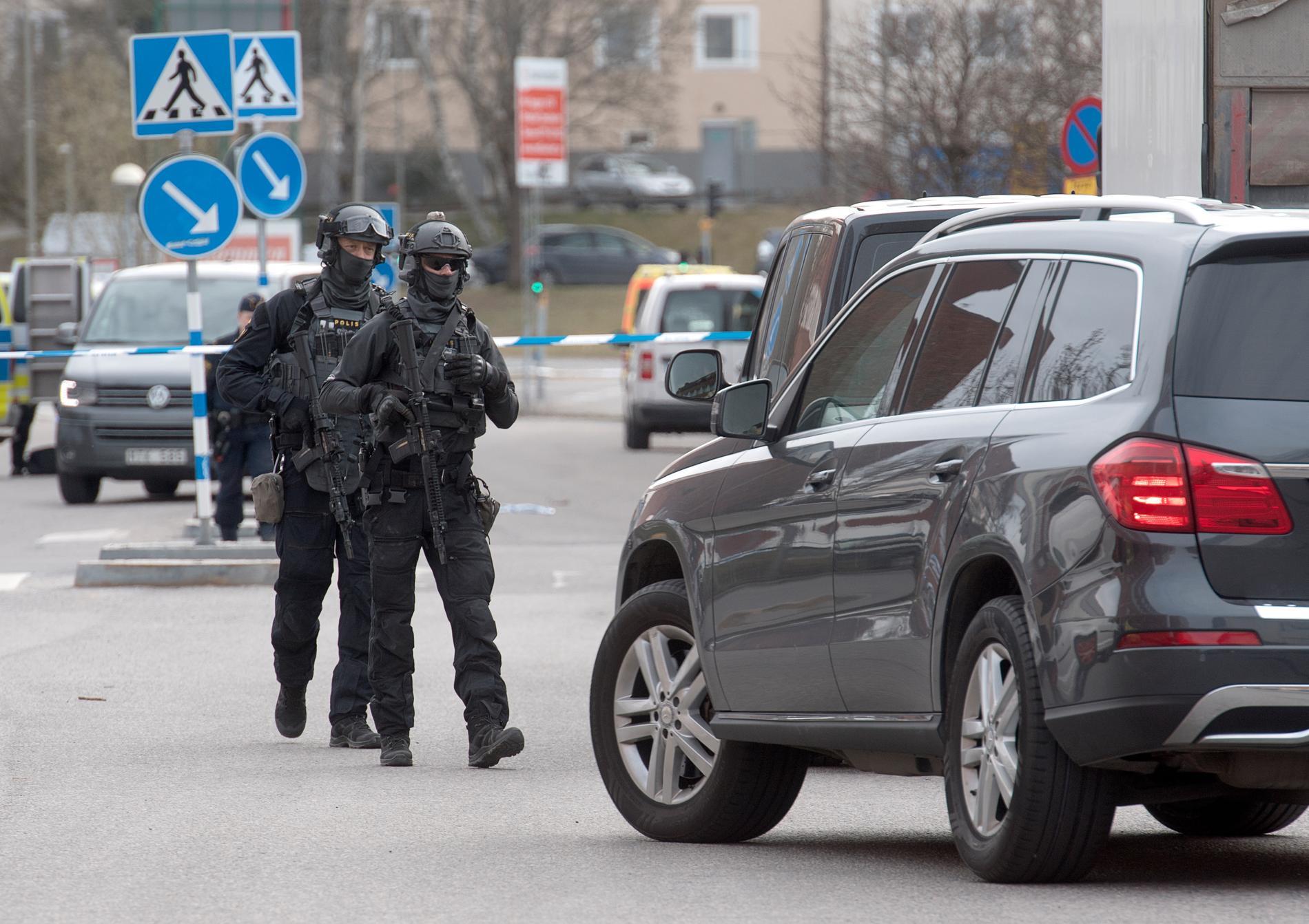 Under tisdagen pågick en stor polisinsats på platsen.