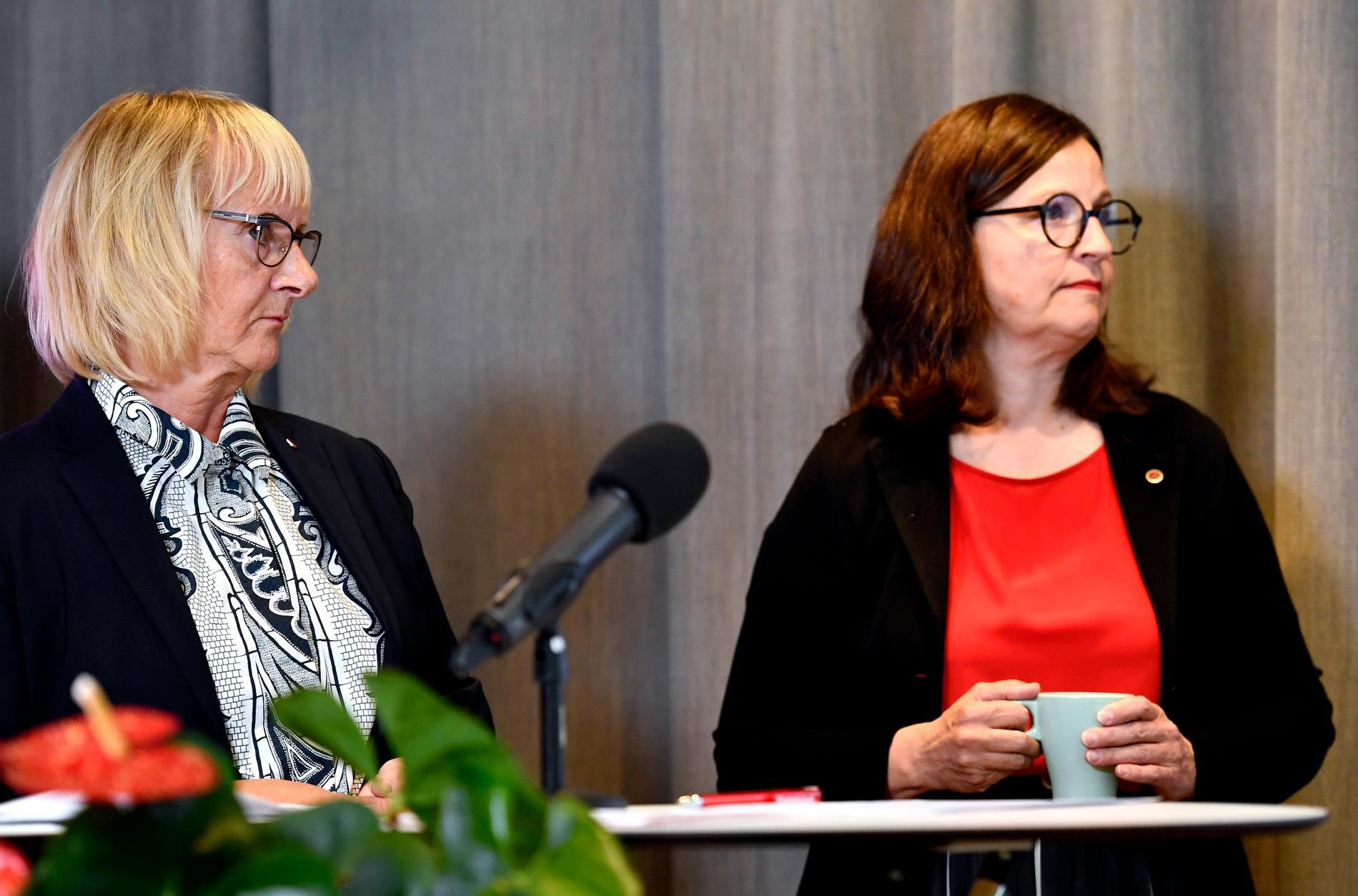 Civilminister Lena Micko (S) och utbildningsminister Anna Ekström (S).