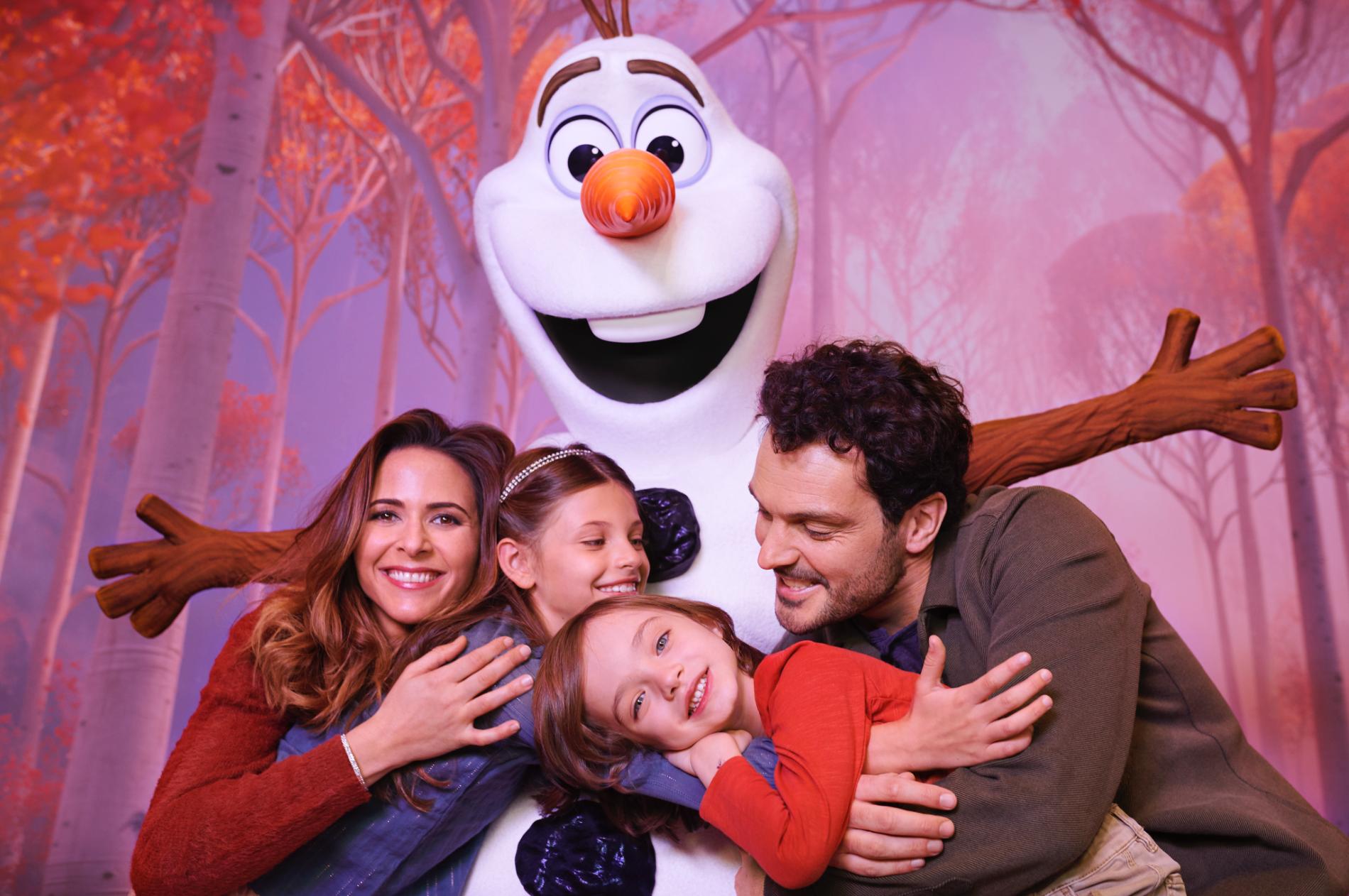 I det nya Frost-området kommer besökarna att få träffa karaktärerna från filmen.