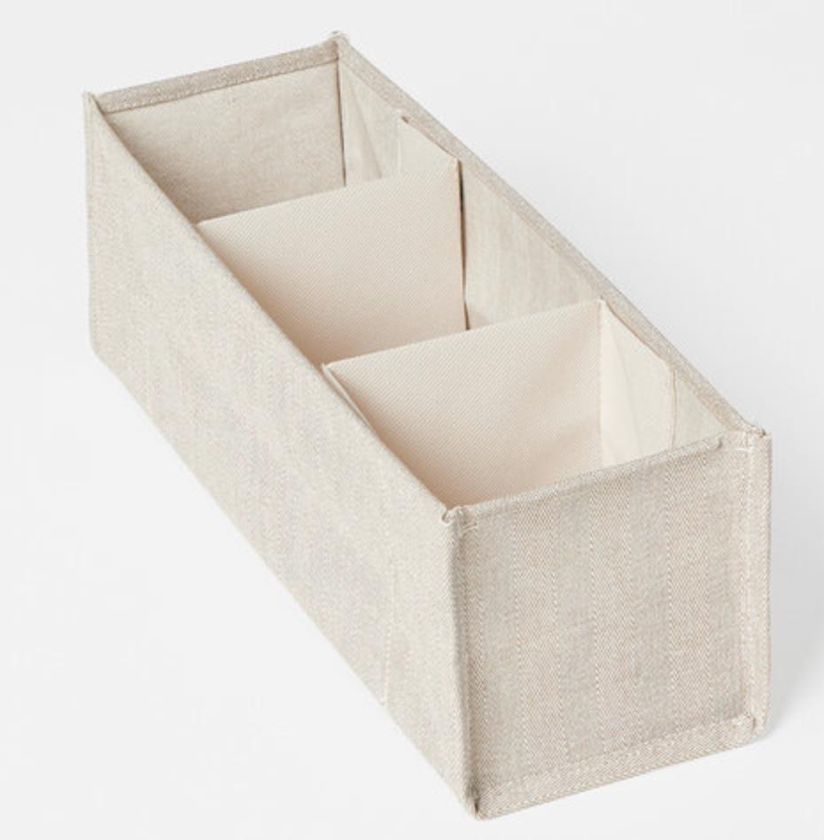 Förvaringslåda för byrån eller garderoben från Åhléns