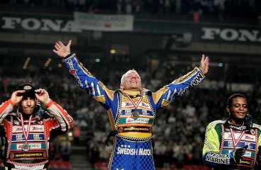 VM-titeln nära Tony Richardsson var överlägsen när han körde hem sin fjärde GP-seger i Köpenhamn i går.