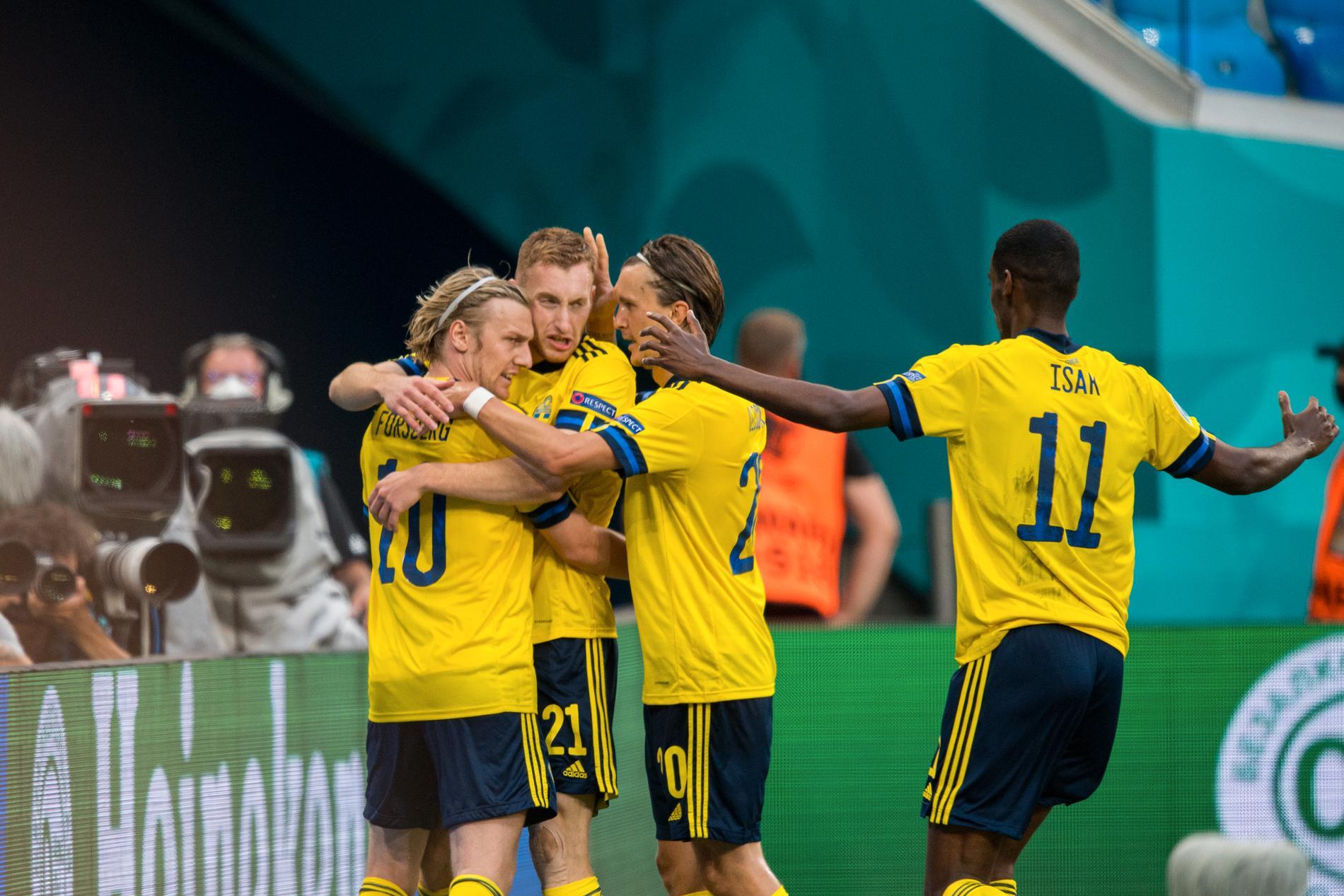 Sverige lyfter på världsrankningen.